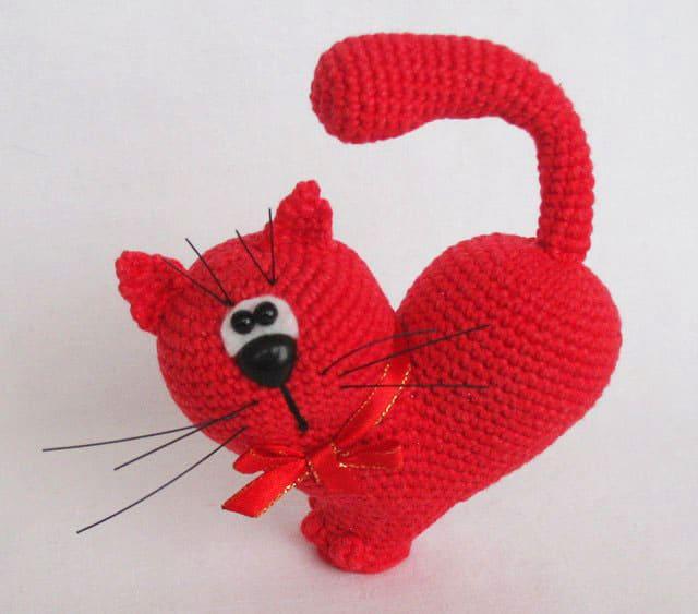 Valentine's Day Cat crochet pattern