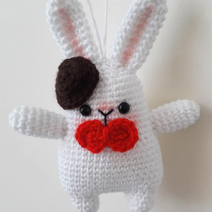 Free amigurumi pattern - Gentleman Bunny