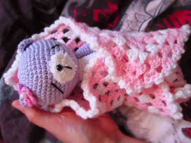 Free sleeping teddy bear crochet pattern