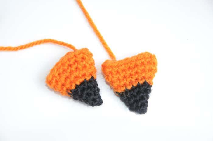 Amigurumi doll in fox costume crochet pattern - ears