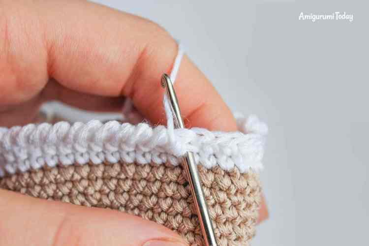 Amigurumi creamy choco bear crochet pattern - crab stitch