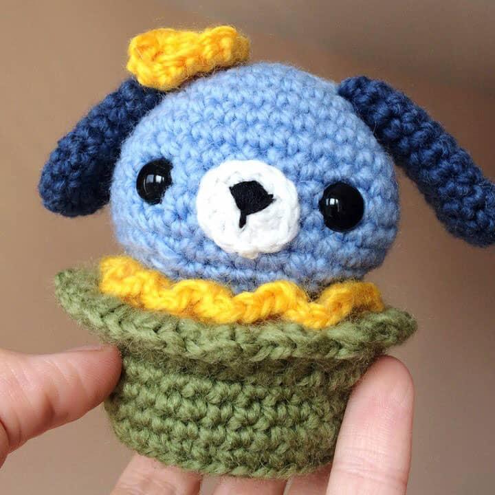 Amigurumi dog cupcake - free crochet pattern