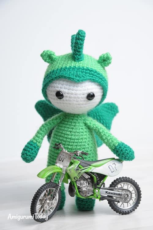 Amigurumi doll in dragon costume pattern