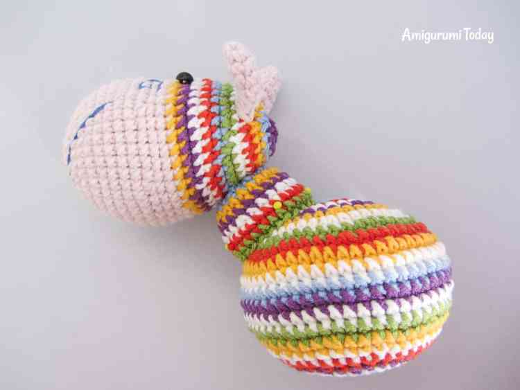 Crochet rainbow pony amigurumi pattern - neck