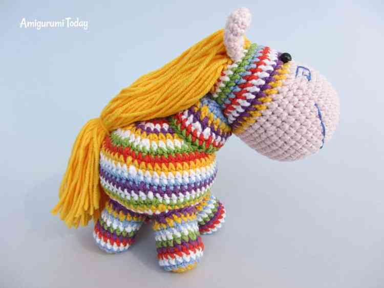 Rainbow pony amigurumi crochet pattern