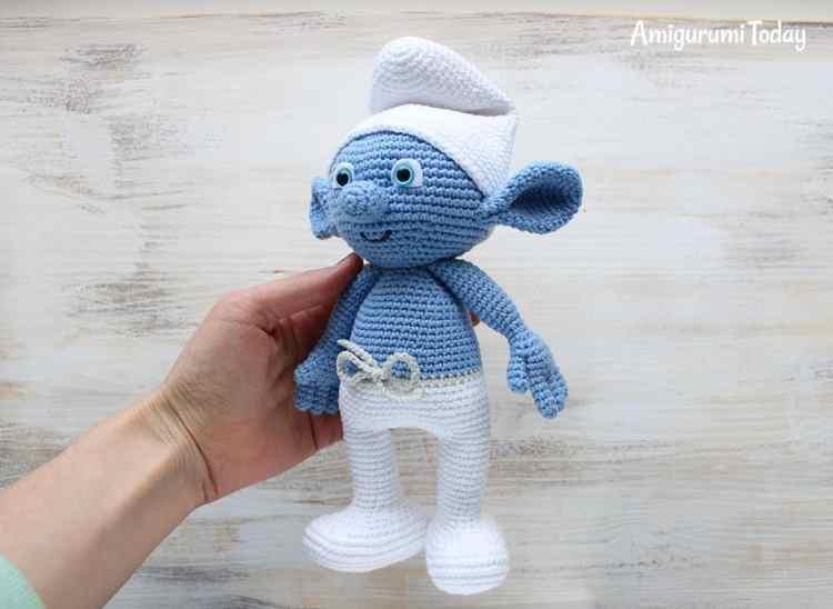 Crochet Smurf - FREE amigurumi pattern