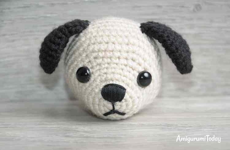 Tommy the Dog crochet pattern - head