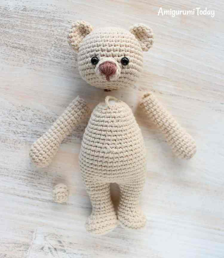 Cuddle Me Bear Amigurumi Pattern - assembly