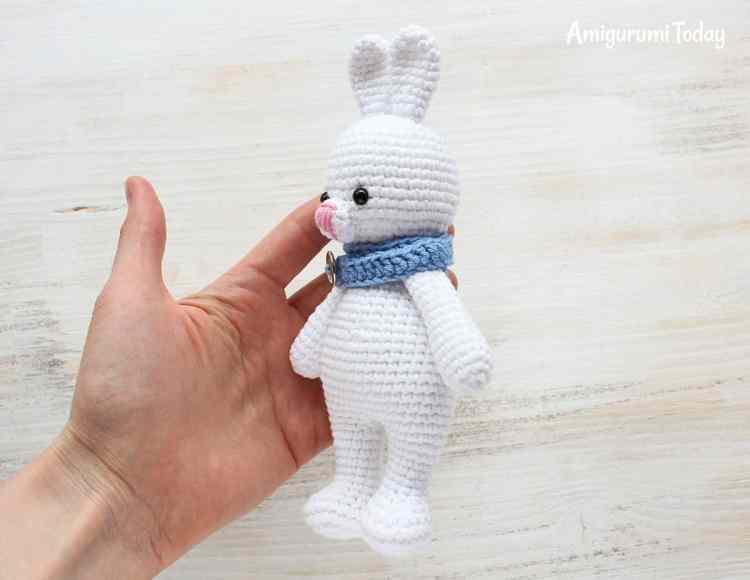 Free Cuddle Me Bunny crochet pattern