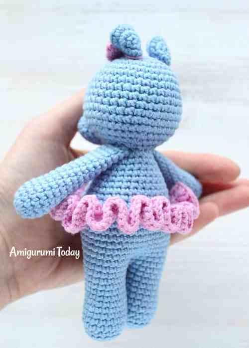 Cuddle Me Hippo - Free crochet pattern