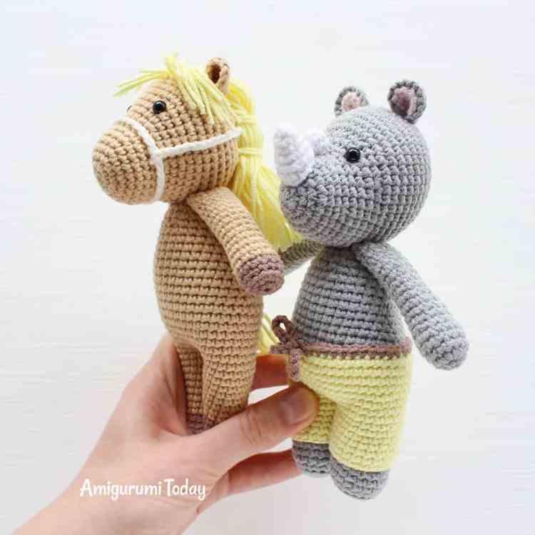 Crochet Cuddle Me Pony and Rhino - Free crochet patterns by Amigurumi Today