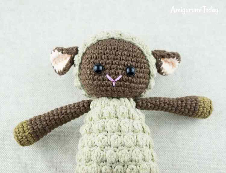 Cuddle Me Sheep crochet pattern