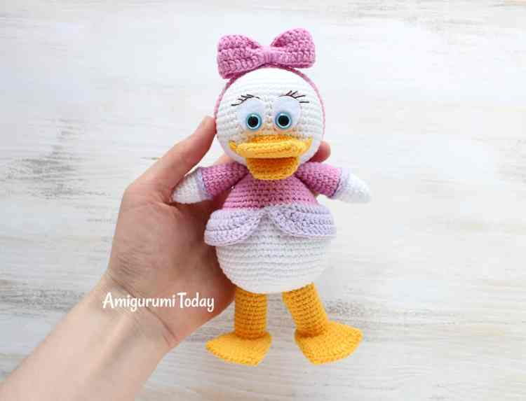 Webby Duck - Free amigurumi pattern by Amigurumi Today