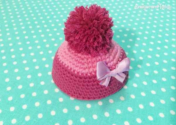 Amigurumi duckling crochet pattern - hat