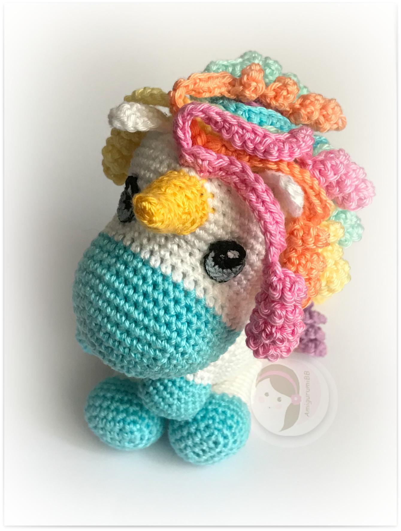 Free Crochet Unicorn Pattern - thefriendlyredfox.com | 1775x1339