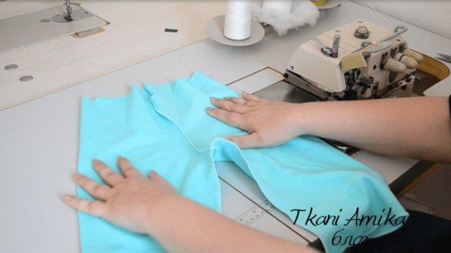 Обработка верхнего среза брюк на оверлоке