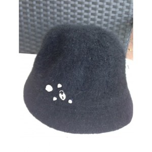 Hat padlock and camelia one size