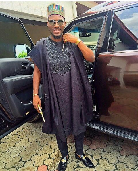nigerian men and women in agbada styles amillionstyles.com @tobibakr