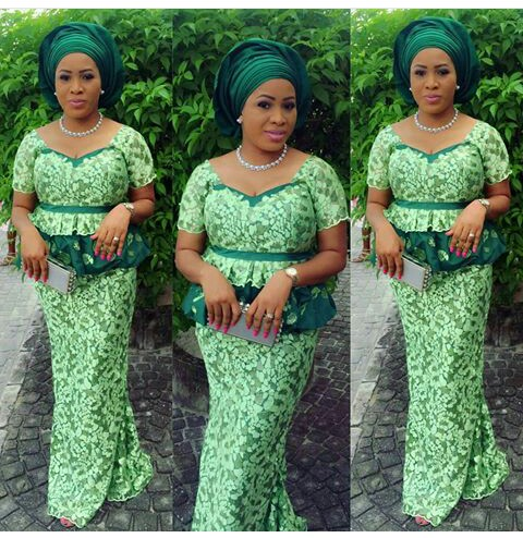 TGIF Aso Ebi Styles You Should Rock amillionstyles @mrsthores
