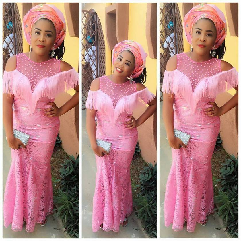 Trends Alert! Beautiful And Stylish Aso Ebi Styles