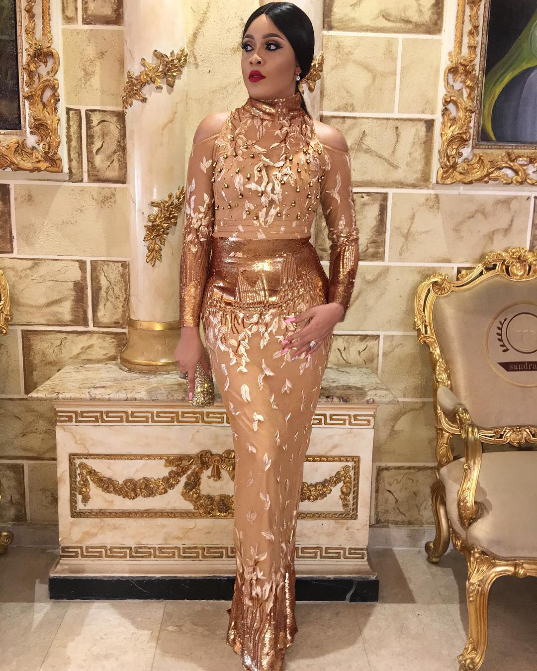 Turn Up Lite In Sexy And Stunning Aso Ebi Styles To Your Next Owambe Party
