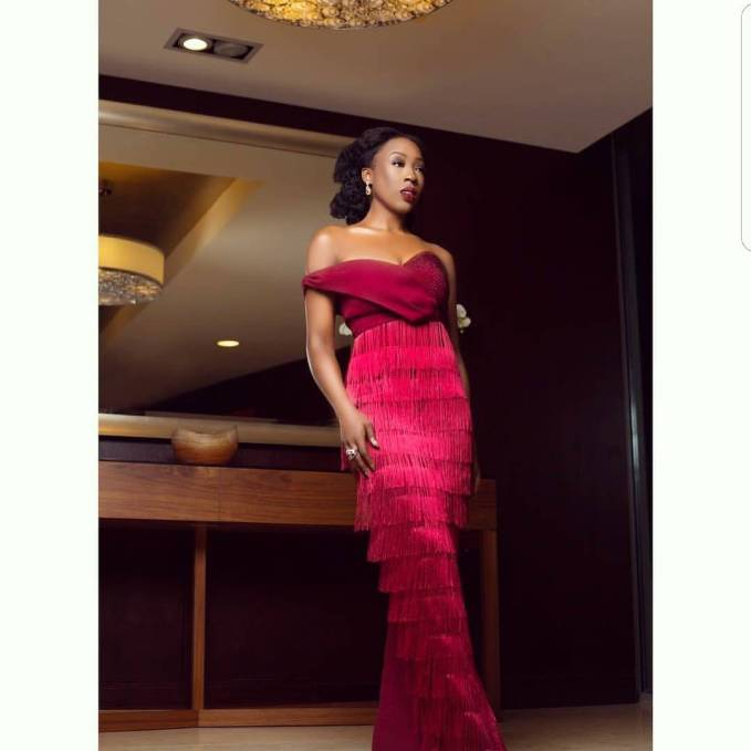 These Extraordinary Asoebi Styles Thrilled Us
