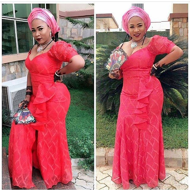 Aso Ebi Styles! The Teasing Sensational Once You Shouldn't Miss