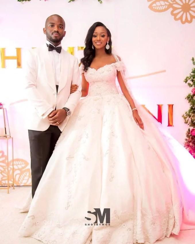 Trendy Brides In Gorgeous 2017 Wedding Gowns