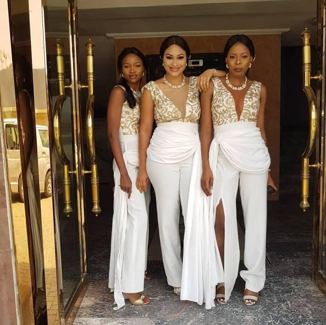 Wedding Entourage Hairstyle: The Bride's Entourage In Beautiful Bridesmaids Styles