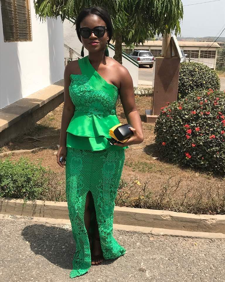 The Elegant And Stunning Aso Ebi Styles Form The Weekend