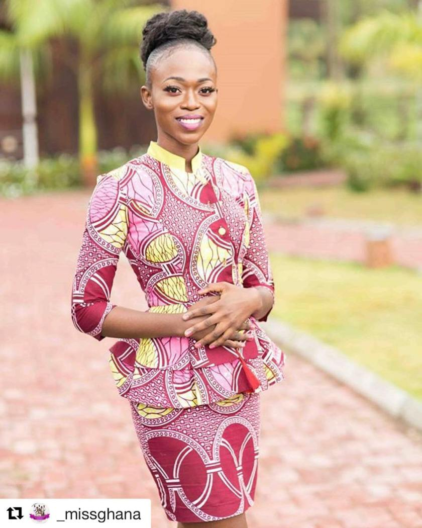 9 Cool Sunday Asoebi Outfits