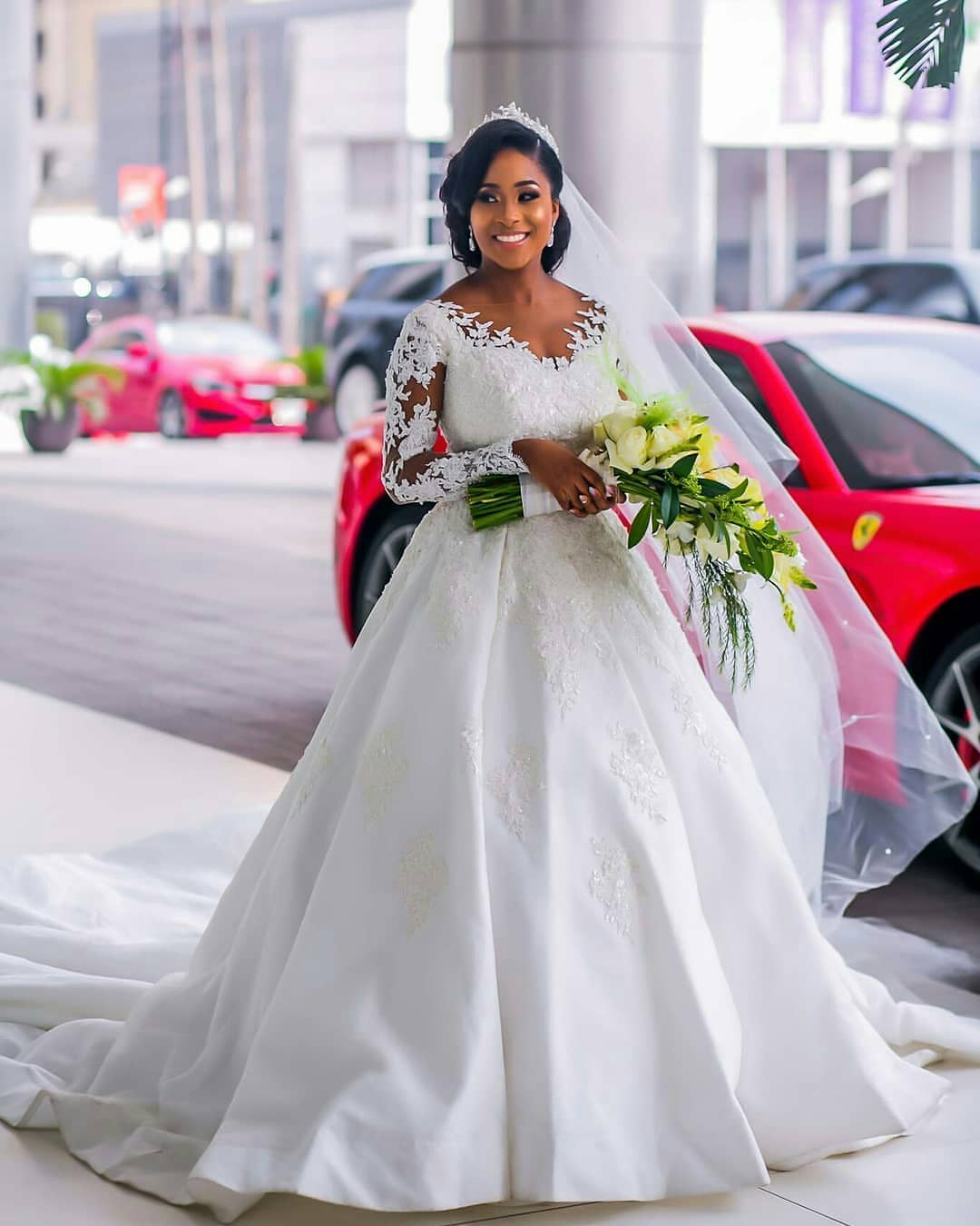 2018 Wedding Gowns That Will Make You Go Gaga!