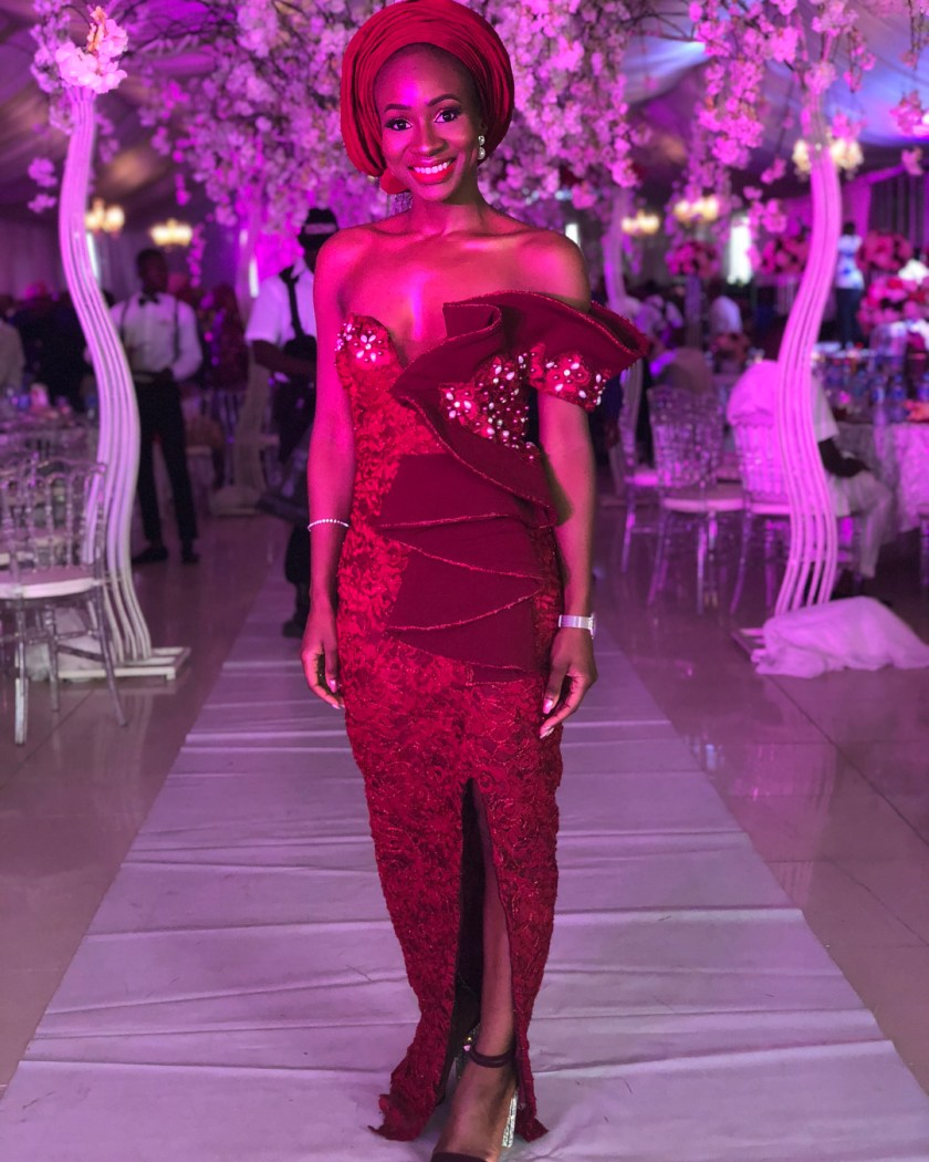Lovely 12 Asoebi Styles That Will Make You Belle Of The Party