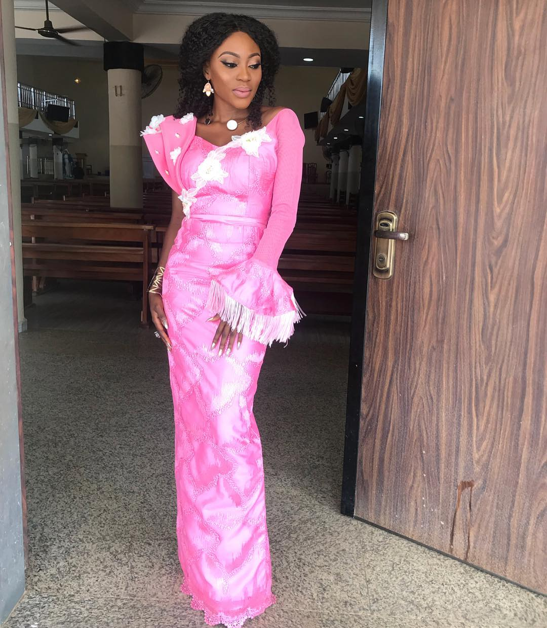 Let's Spice Your Wednesday With Hawtest Lace Asoebi Styles This Week