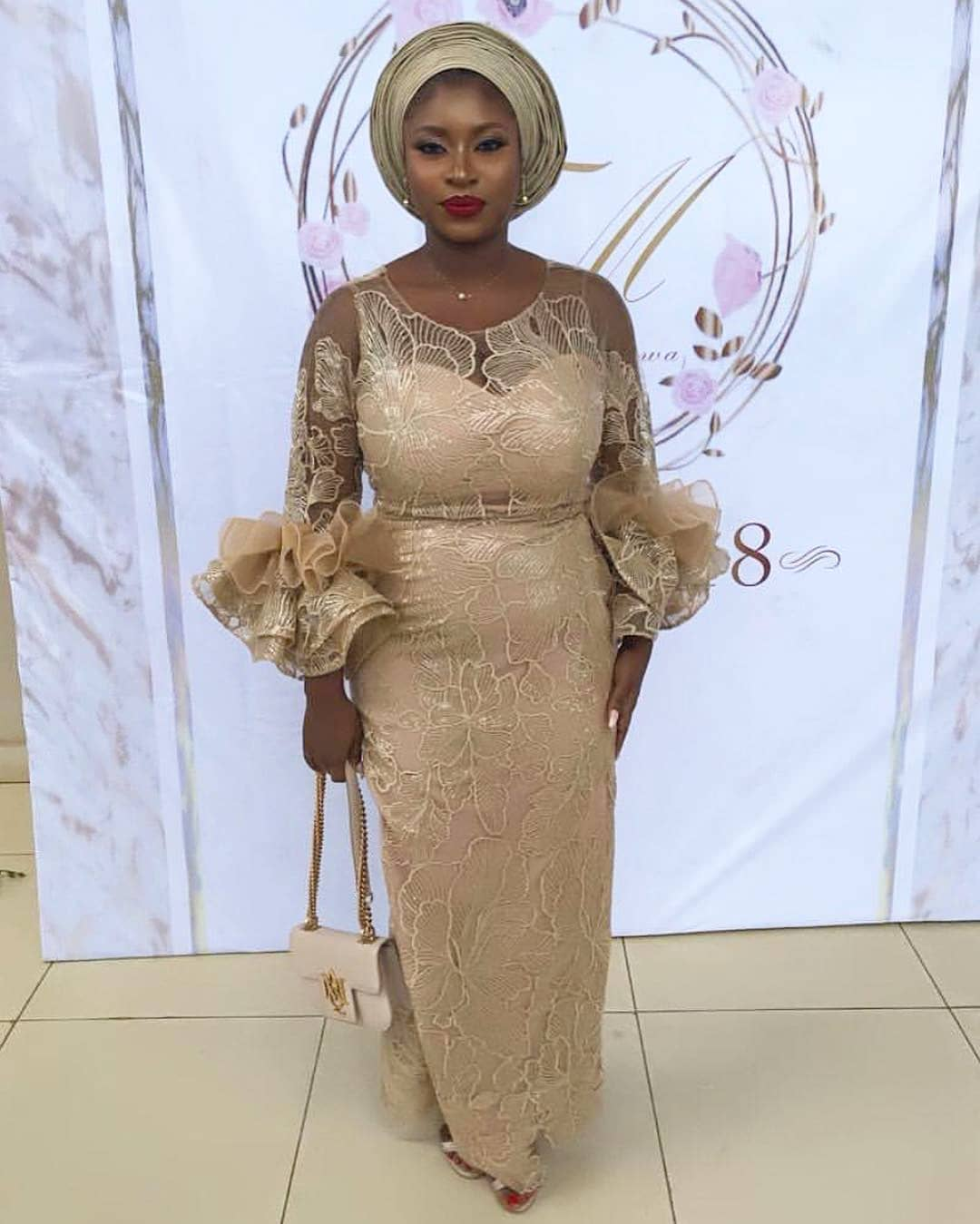 These Super Hawt Asoebi Styles Melted Our Hearts