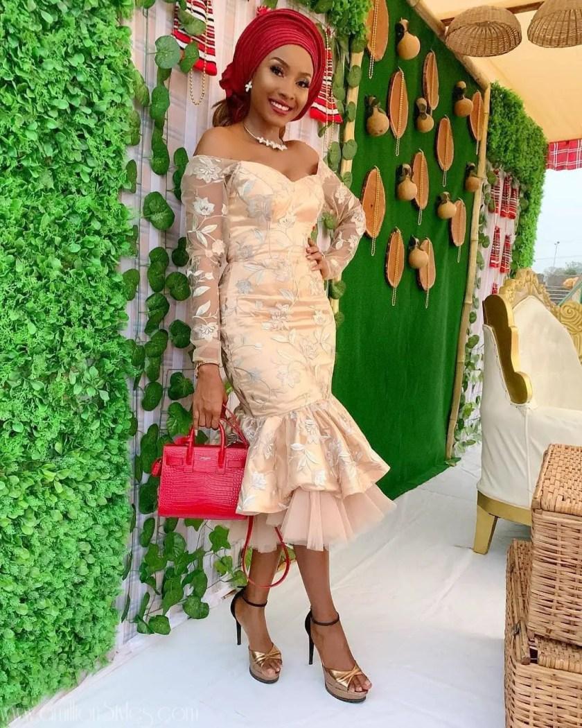 Fabulous Asoebi Styles Ideas For Older, Mature Women Lookbook 9