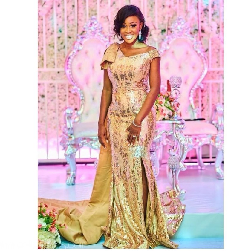 Cool Wedding Reception Styles For Brides