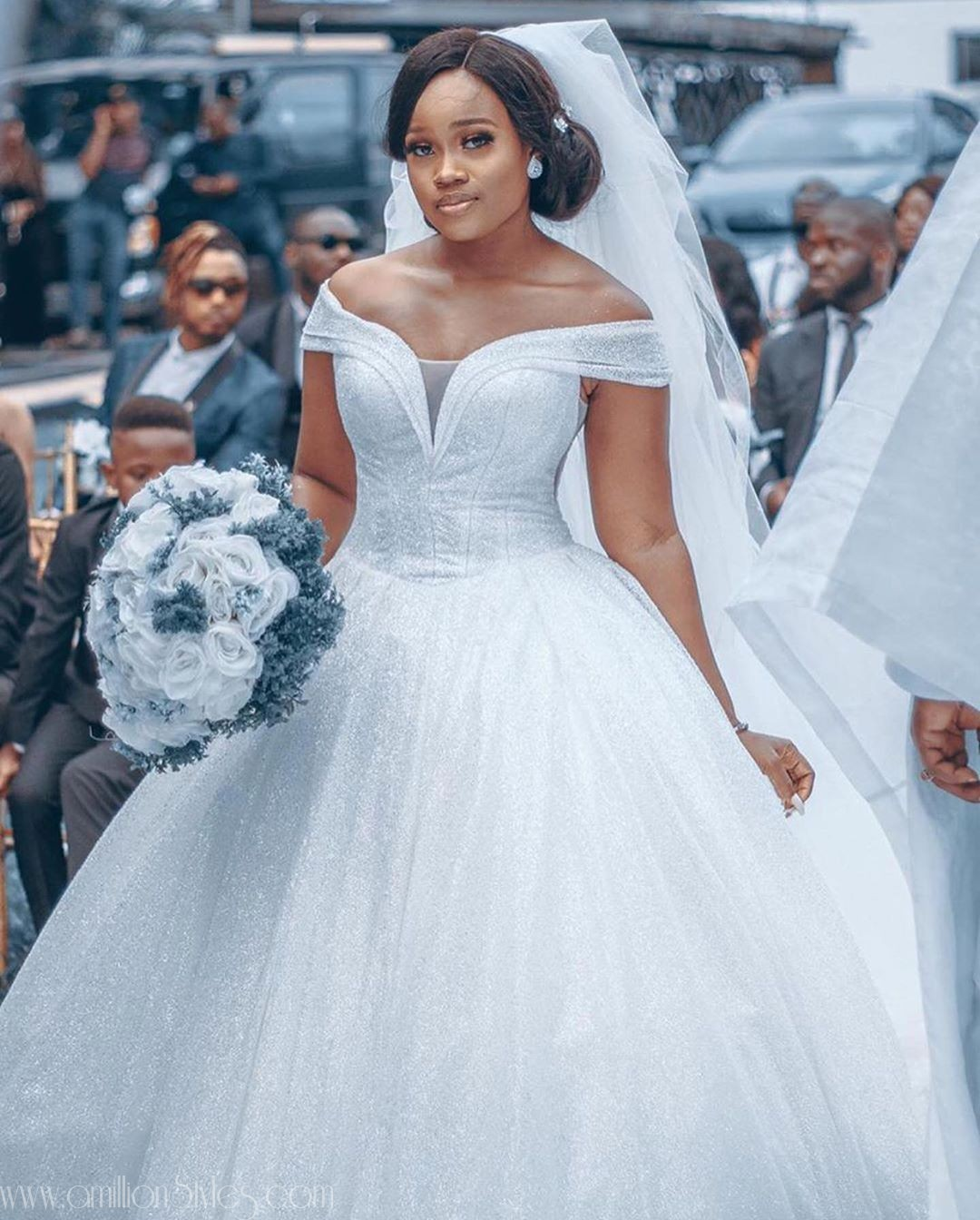 These Sumptuous Wedding Gowns Are For July Brides