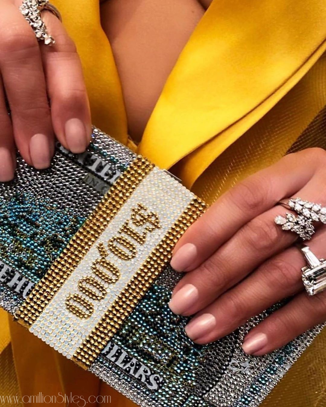 Would You Rock This Jennifer Lopez's Purse?