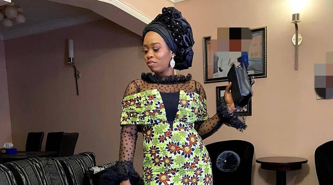 2020 Asoebi Trends: Cold Shoulder Cape Gowns