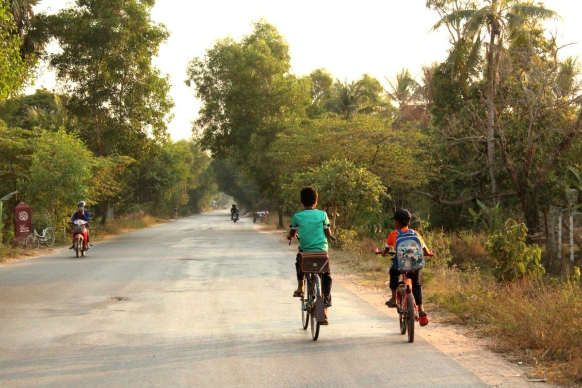 how to go to banteay srei