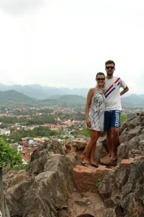 vista collina tempio phusi luang prabang