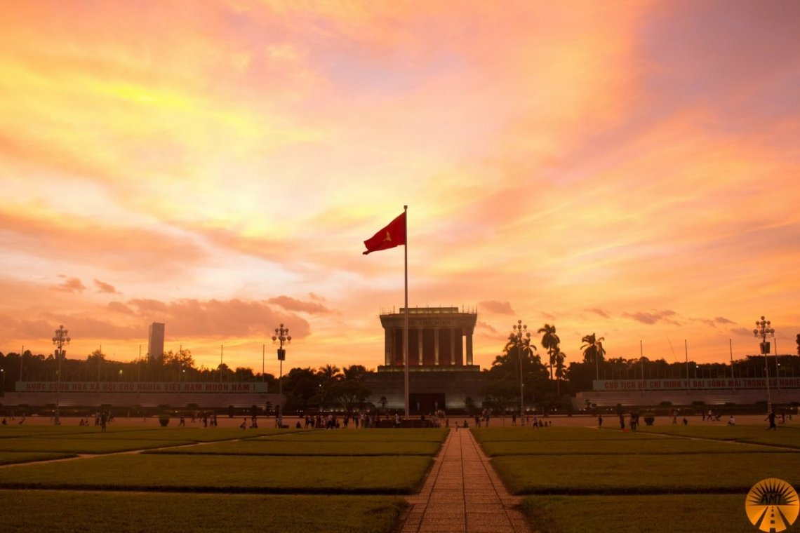 train to hanoi how to book