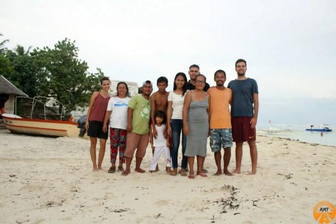 A Million Travels @Junior&Nemesia's Cottages Pamilacan