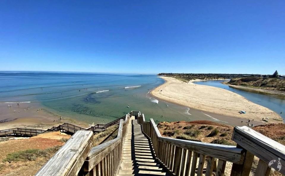 fleurieu peninsula beaches to visit