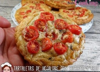 Tartaletas-Hojaldre-Cherry-Brie-1
