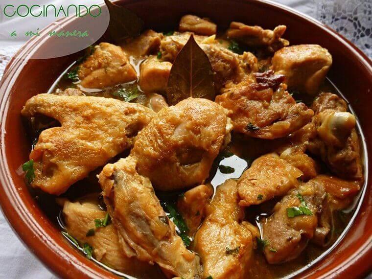 Pollo en salsa  Receta tradicional