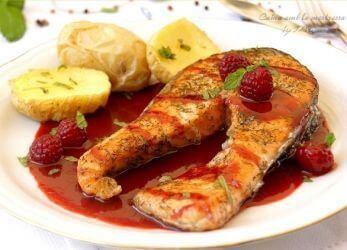 0-0-salmon-al-eneldo-con-salsa-de-frambuesas1-0-1