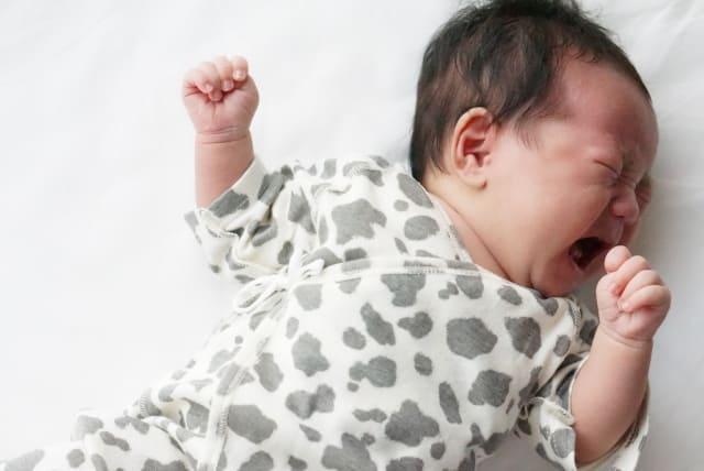 透明 赤ちゃん 吐き 戻し