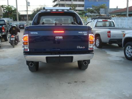 new Toyota Hilux Vigo Double Cab with Superlid at Thailand's most trusted Toyota Hilux Vigo dealer Jack Motors Thailand